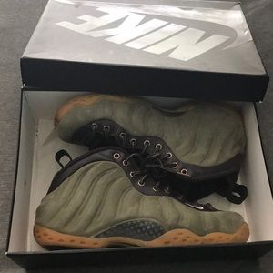 Air Foamposite One PRM Olive Nike Size 9